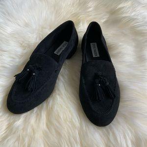 STEVE MADDEN Black Loafers w/ tassels- 7.5 NEW